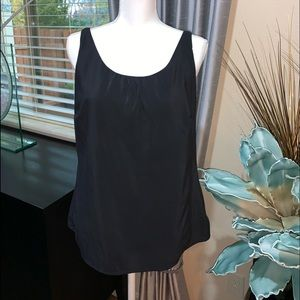 Jaclyn Smith black top size M